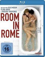 Habitacion en Roma / Стая в Рим / Room in Rome (2010)